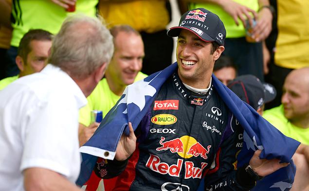 Дэниэл Риккардо принес Red Bull Racing первую победу в сезоне. Фото 3