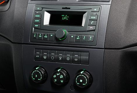 """""""Патриот"""" оснастили новой аудиосистемой и ABS. Фото 1"""