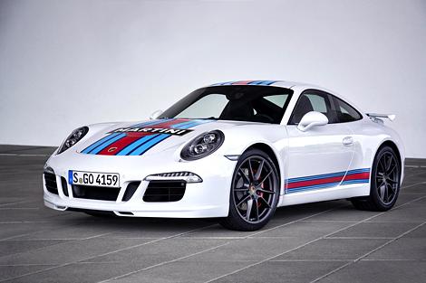 Немецкая марка выпустит 80 спорткаров в раскраске Martini Racing