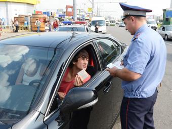 Госдума одобрила скидку на автомобильные штрафы