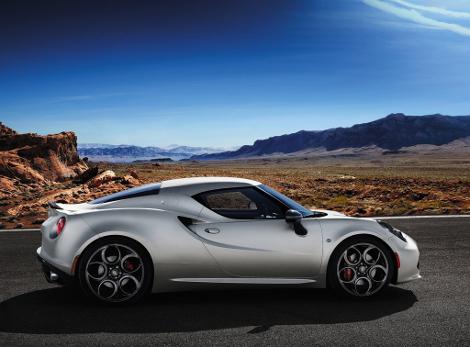 Компания Alfa Romeo определилась с автосалонами для США и Канады