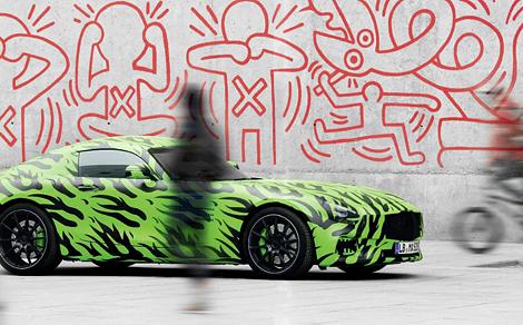 Немцы опубликовали новые тизеры суперкара AMG GT