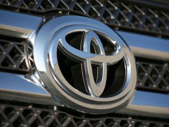 Toyota отправит в ремонт 650 тысяч машин