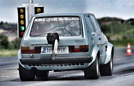 Немецкие тюнеры оснастили старый Volkswagen Golf 1000-сильным мотором