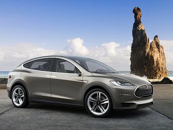 Tesla оставит серийному кроссоверу «крылья сокола»