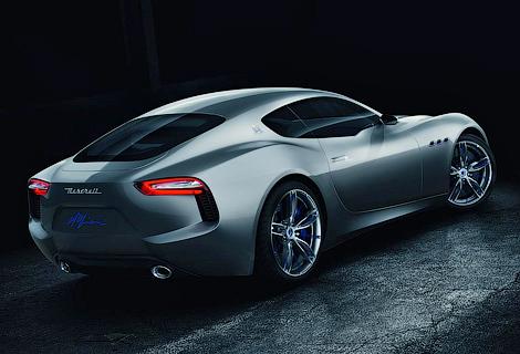 Новая модель Maserati приблизится по размерам салона к Porsche 911. Фото 2
