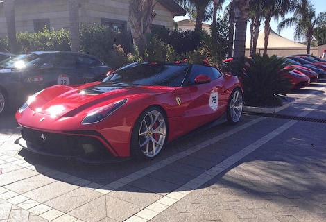 На Сицилии дебютировала новая модель Ferrari, созданная в единственном экземпляре. Фото 2