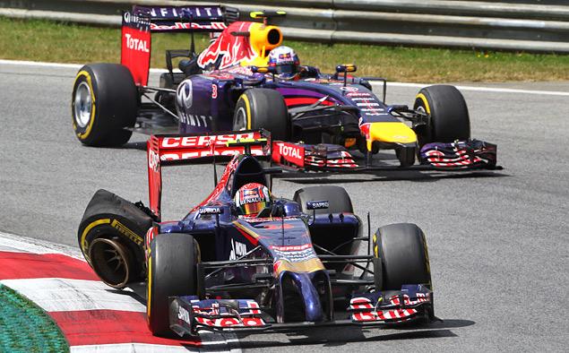 Нико Росберг и Льюис Хэмилтон сделали дубль на легендарном Red Bull Ring. Фото 6