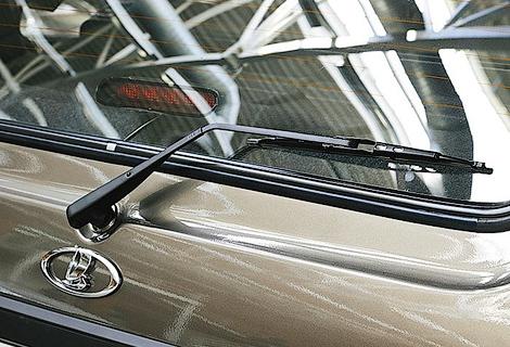 Внедорожник 4x4 получит 17-дюймовые колеса и кондиционер