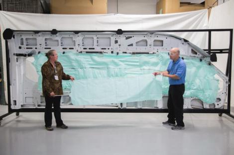 Новой подушкой оснастят пассажирский фургон Transit