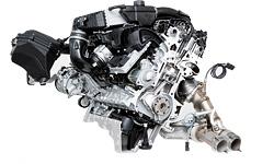 """Сравниваем новые """"эмки"""" BMW, сменившие атмосферный V8 на """"шестерку"""" с наддувом. Фото 3"""