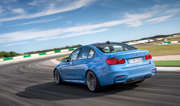 """Сравниваем новые """"эмки"""" BMW, сменившие атмосферный V8 на """"шестерку"""" с наддувом. Фото 5"""