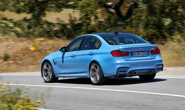 """Сравниваем новые """"эмки"""" BMW, сменившие атмосферный V8 на """"шестерку"""" с наддувом. Фото 9"""