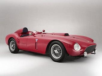 Гоночный 60-летний Ferrari продали за 13 миллионов евро