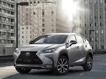 Lexus привез в Москву новую модель
