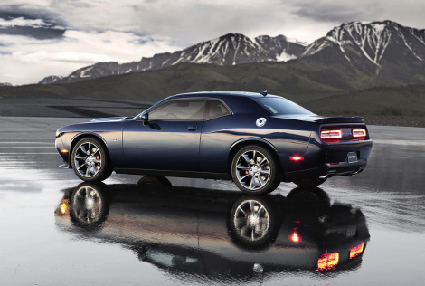 Dodge Challenger SRT стал самым мощным масл-каром в истории