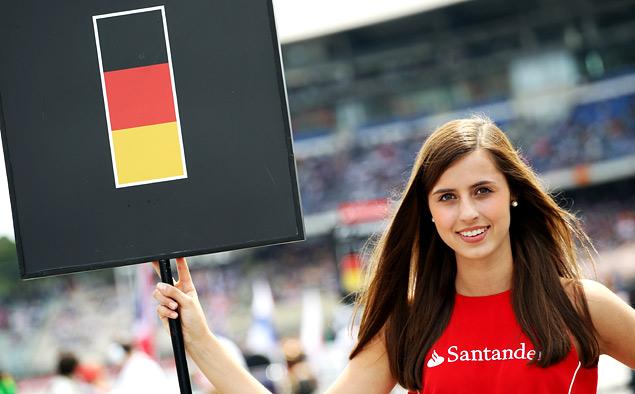 Хэмилтон вернулся в борьбу за титул чемпиона Формулы-1. Фото 18
