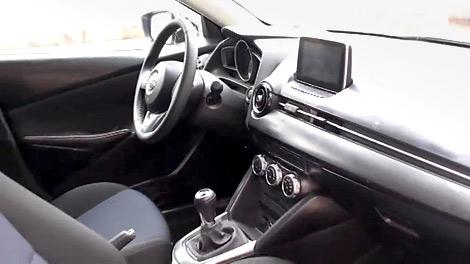 Австралийские журналисты провели тест-драйв предсерийной Mazda2