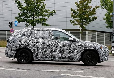 Немцы начали испытания соперника Mazda5 и Volkswagen Touran