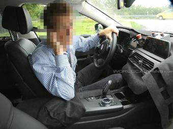 """Появились первые снимки салона новой """"семерки"""" BMW"""