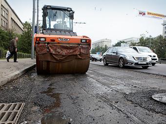 Треть дохода от платных парковок Москвы направят на ремонт дорог