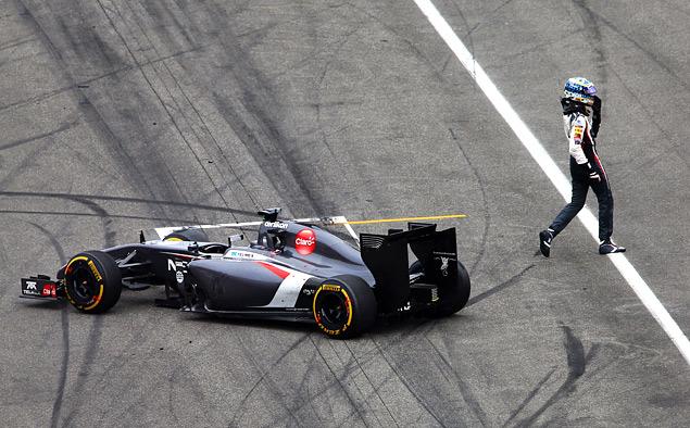 Немец выиграл домашнюю гонку Формулы-1 на немецкой машине с немецким мотором. Фото 3