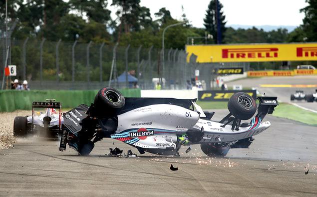 Немец выиграл домашнюю гонку Формулы-1 на немецкой машине с немецким мотором. Фото 4