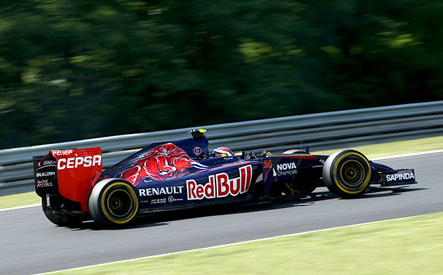 Формула-1 устроила шоу в Будапеште. Фото 5