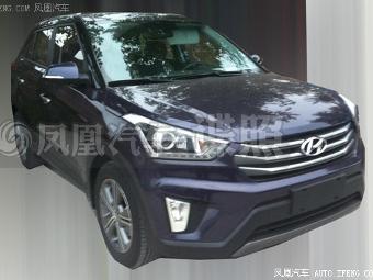 Серийный маленький кроссовер Hyundai рассекретили в Сети