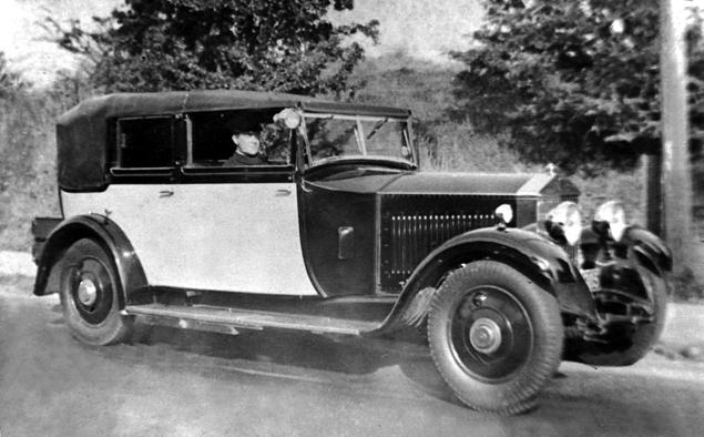Что должны уметь шоферы Rolls-Royce