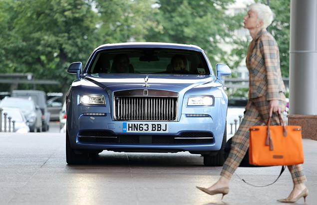 Что должны уметь шоферы Rolls-Royce. Фото 5
