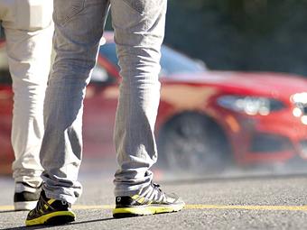 Компания BMW показала тизер новой M-модели
