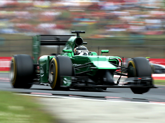 Команда Формулы-1 Caterham обвинила бывших сотрудников в клевете
