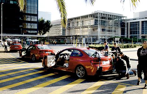 Съемочная группа из Голливуда сняла для BMW ролик в африканском мегаполисе