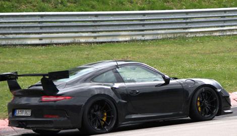 Опубликованы изображения трекового суперкара 911 GT3 RS. Фото 3