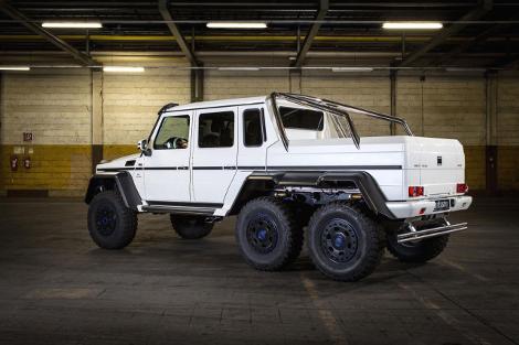 Немцы представили программу доработок для трехосного Mercedes-Benz G 63 AMG
