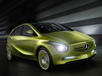 «Мерседес» выпустит конкурента электрокару BMW i3