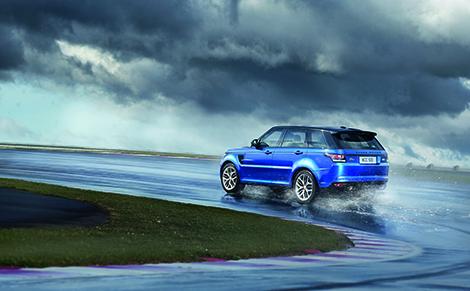 Range Rover Sport SVR получил 550-сильный двигатель V8