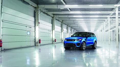 Range Rover Sport SVR получил 550-сильный двигатель V8. Фото 2