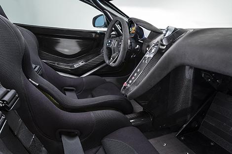 Купе McLaren 650S Sprint получило улучшенную аэродинамику и перенастроенную электронику. Фото 3