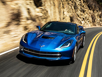 Chevrolet Corvette станет среднемоторным
