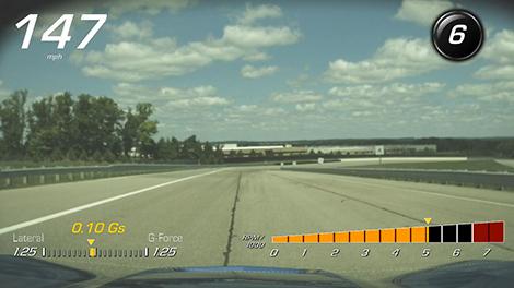 Суперкар Chevrolet сможет записывать на видео парковку и езду по треку