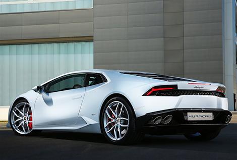 В Lamborghini задумали сделать несколько версий Huracan. Фото 1