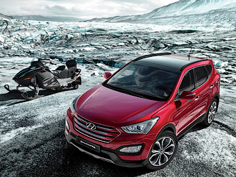 Hyundai Santa Fe обзавелся автоматически открывающимся багажником