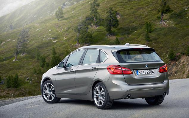 Мы поездили на первом переднеприводном автомобиле BMW, и мир не провалился в тартарары. Фото 2