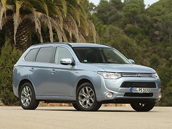 В Mitsubishi назвали рублевые цены на гибридный Outlander