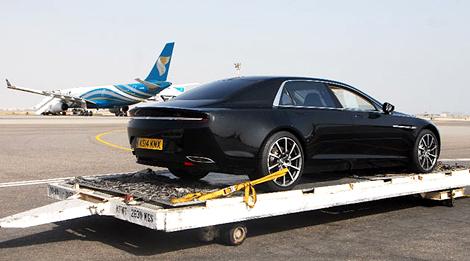 Машину сфтотографировали при транспортировке в Оман