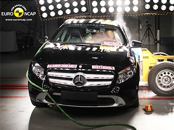 """В Euro NCAP проверили безопасность """"Мерседеса"""" GLA"""