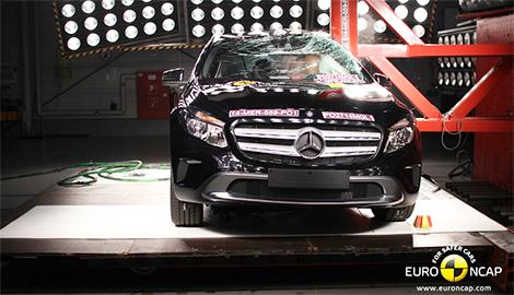 Кроссовер Mercedes-Benz получил высший балл за защиту пассажиров. Фото 1
