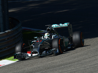 Хэмилтон занял поул-позицию Гран-при Италии